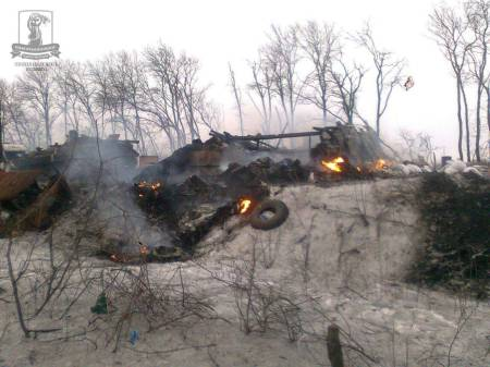 Russian tanks destroyed near Debaltseve
